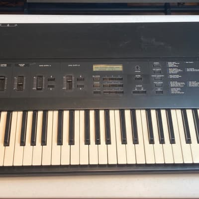 "Korg DSS-1 sampler with 12 disk library  SOLD ""AS IS"" (see description)"