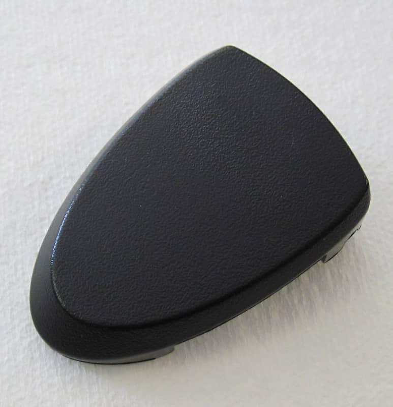 #007-9958-000 Fender Latch Assembly For Passport Pro 300//500 Speaker NEW