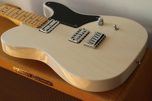 Tv Jones Upgraded  Fender Cabronita Telecaster Aged White