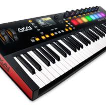 Akai Advance 61 Keyboard Controller image