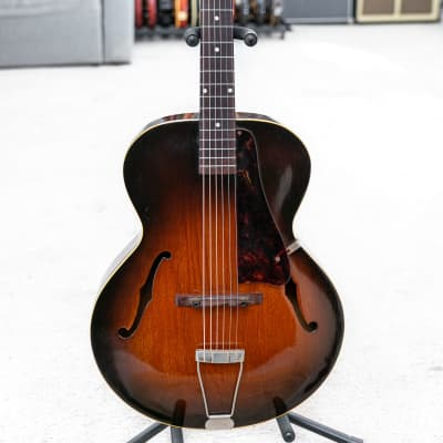 1948 Gibson L-48 archtop acoustic guitar in Sunburst