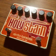 Electro-Harmonix Holy Stain Reverb / Multi Effect
