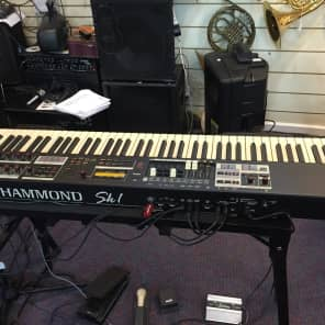 Hammond SK1-88 Keyboard Organ 88 Keys New in Box, Free Expression Pedal & Cables!
