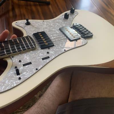 Aviator Guitars Maverick 6 2020
