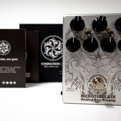 Darkglass Electronics Microtubes B7K Analog Bass Preamp Pedal with Joker Graphic