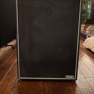 Ampeg SVT-610HLF MINT 6x10 Bass Cabinet with Cover