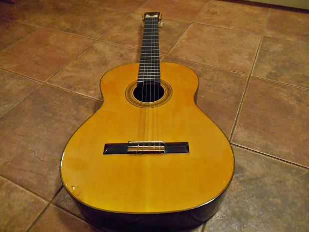 takamine c 128 classical guitar made in japan players reverb. Black Bedroom Furniture Sets. Home Design Ideas
