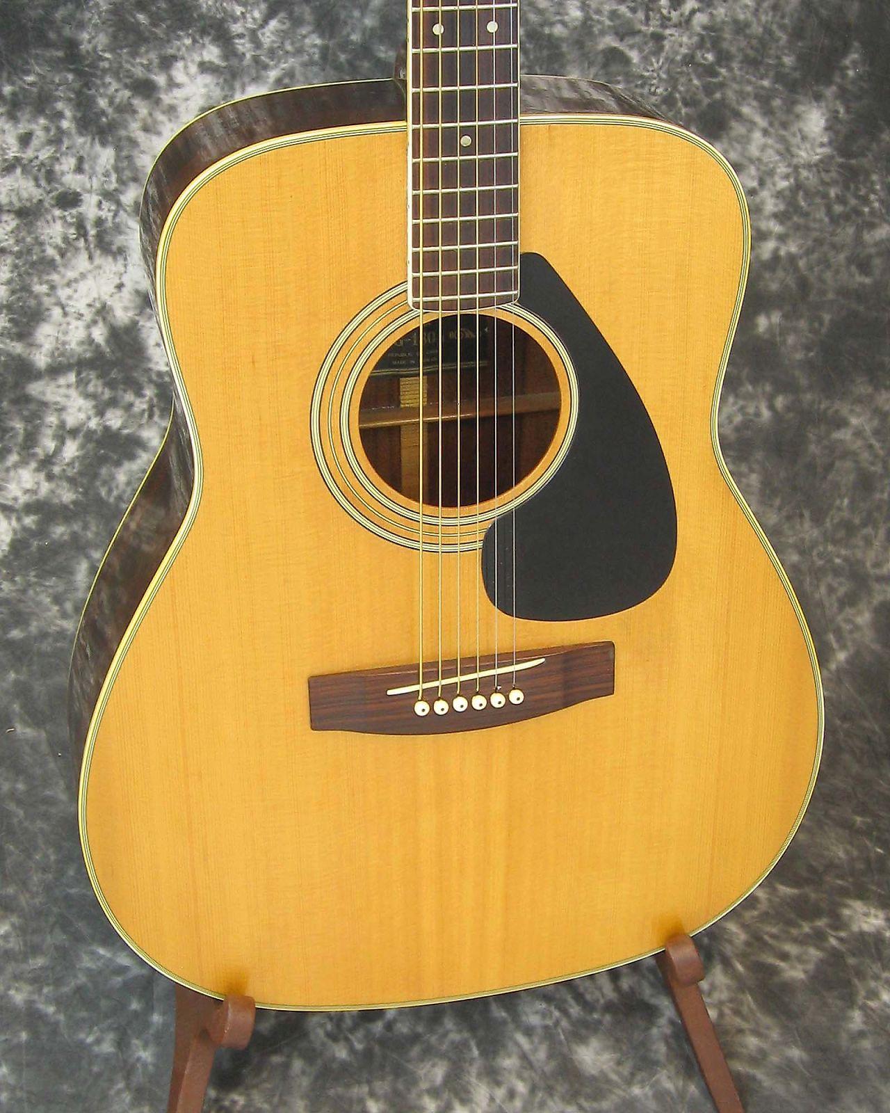 Good vintage Yamaha FG-180-1 acoustic guitar w/ chipboard case