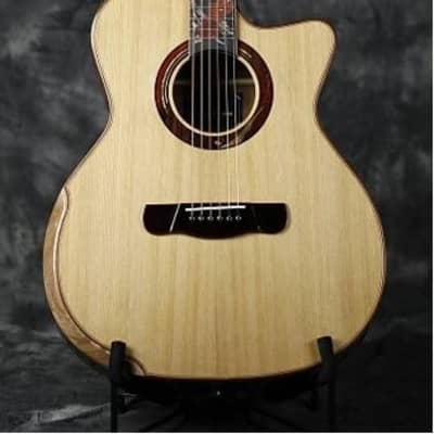 Merida Extrema Autumn cutaway solid Spruce Top Acoustic guitar (Optional pickups can be added) for sale