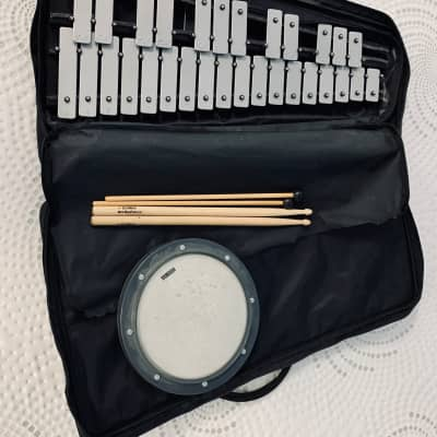 YAMAHA Vintage Glockenspiel Xylophone Taiwan Made Case Practice Pad Sticks Very Good Condition