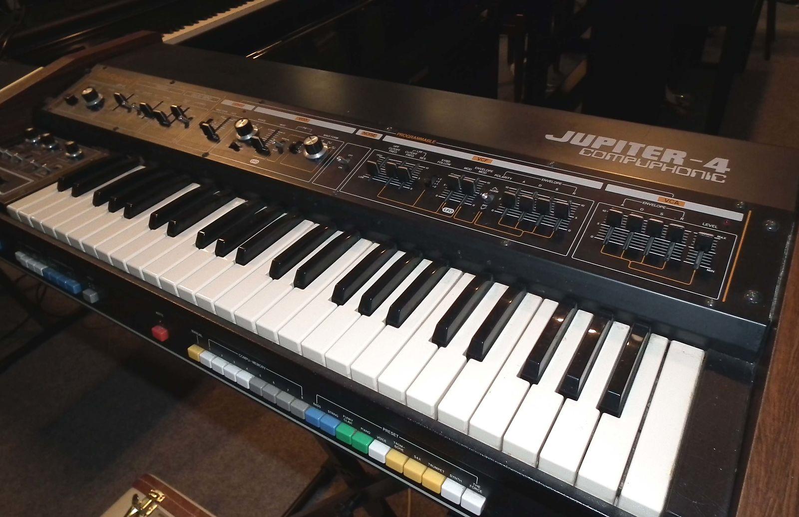 Roland Jupiter 4 | Reverb