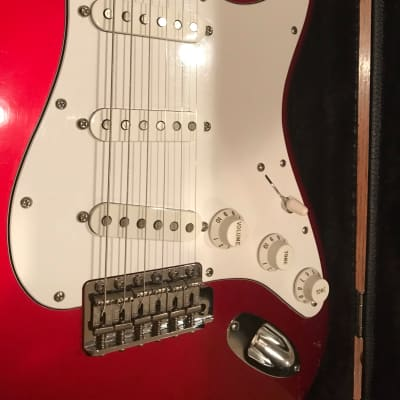 Fender American Deluxe Stratocaster V-Neck 2005 Candy Apple Red Texas Specials