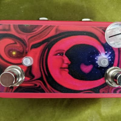 Lovepedal Tchula Boost 2010s Red Moon