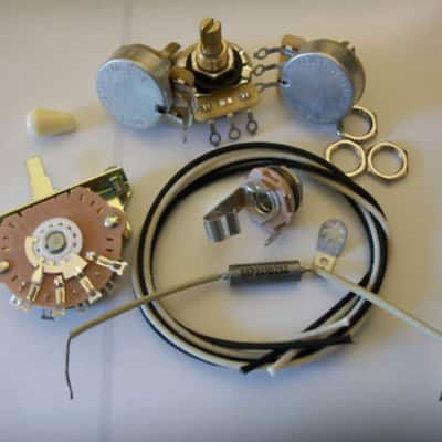 Wiring Harness Upgrade Kit For Stratocaster CTS Oak Switchcraft NOS .022uf Sprague Mil Spec PIO Cap