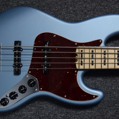Fender American Elite Jazz Bass V, Ice Blue Metallic, Minor Cosmetic Flaws=Save $50! *NOT Pre-Owned