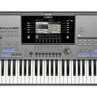 Yamaha Tyros5 61 Key