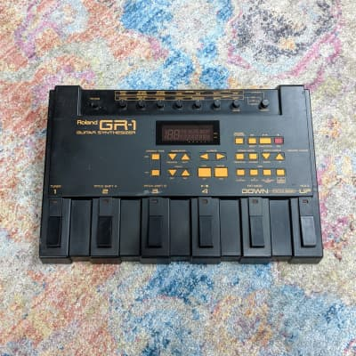 Boss GR-1 Guitar Synthesizer