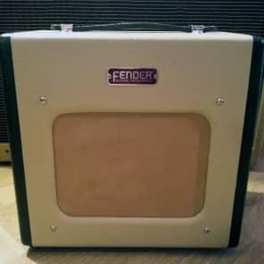 "Fender Champion 600 5-Watt 1x6"" Guitar Combo 2007 - 2012"