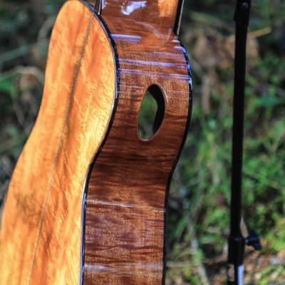 Karol 000 - Curly Honduran Mahogany/German Spruce for sale