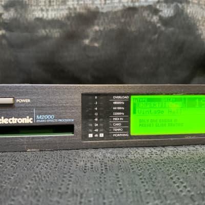 TC Electronic M2000 Multi-Effect Unit