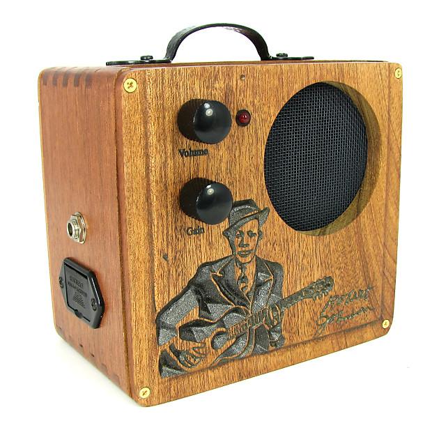 Cigar Box Amp : cigar box amplifier all wood custom carved robert johnson reverb ~ Vivirlamusica.com Haus und Dekorationen