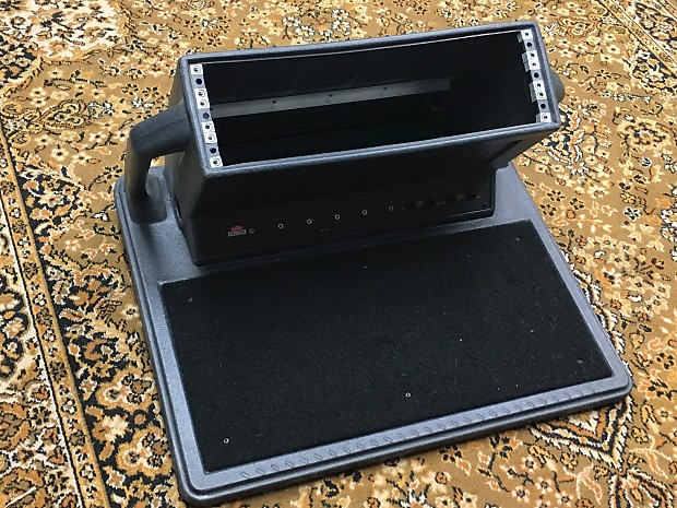 Skb Ps 100 Pedal Board With Rack Mount Very Rare Wow Reverb