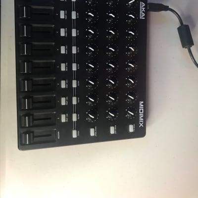Akai MIDImix Portable Mixer/DAW Controller