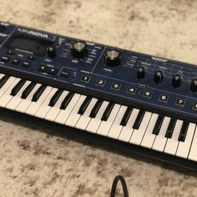 Novation MiniNova