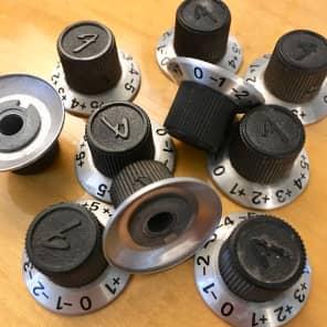 Fender Aluminum skirt f logo knobs c 1969 set screw +/- 5 starcaster bronco rhodes