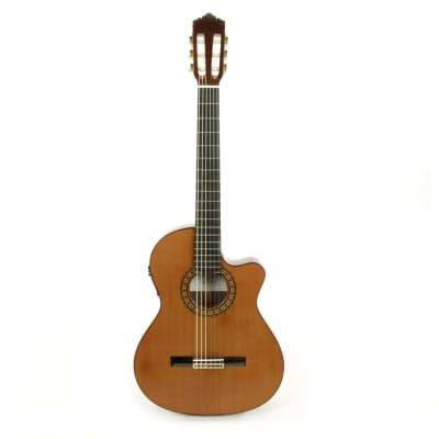 Perez 650 Cutaway Thin E2 guitare classique électro-acoustique for sale