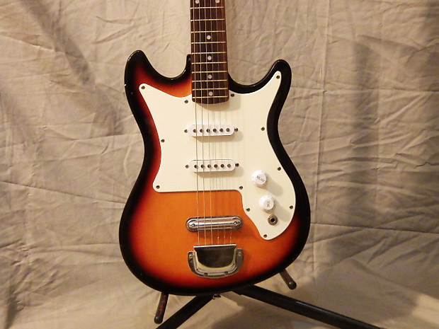 Vintage Harmony 02815 Electric Guitar  Late 70s  3