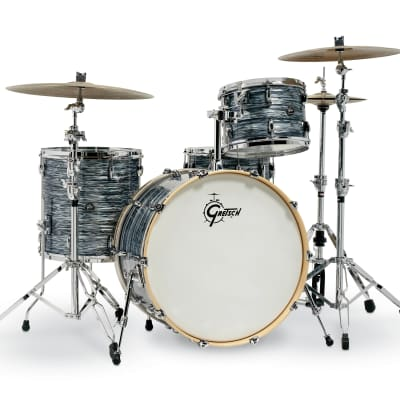 """Gretsch Renown 4 Piece with 24"""" Bass Drum -  Silver Oyster Pearl"""