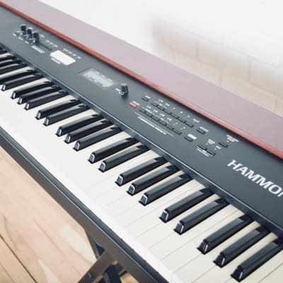 Hammond XK-1 Organ keyboard synthesizer near MINT condition-B3 synth for sale