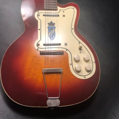 Silvertone Jimmy Reed 1957 Sunburst for sale