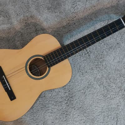 Vintage 1970/80ss Silvertone Classical Acoustic Guitar Clean Harmony Gold Label Perfect For Students for sale