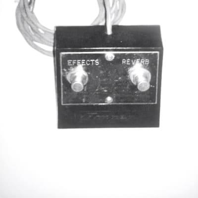 Ampeg SVT Amplifier Effects / Reverb 2-button Pedal Vintage Black/Silver