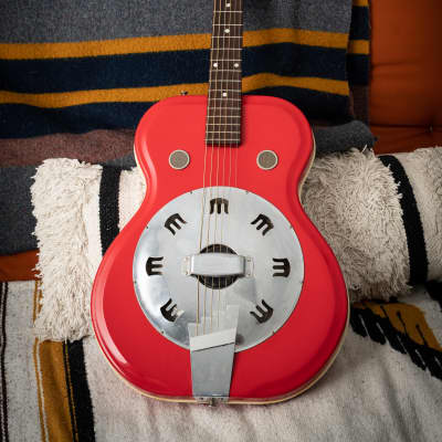 Supro Folkstar 1960s Red Res-O-Glass