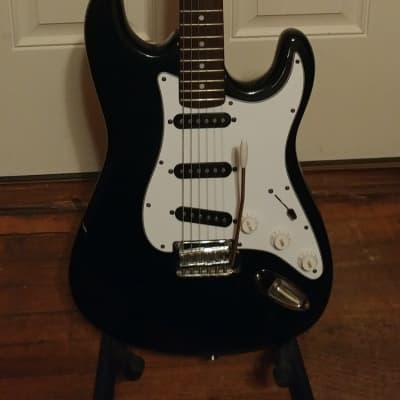 Tanara Samick Korean Stratocaster 1990s Black Great Player Guitar for sale