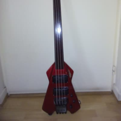 RIVERHEAD UNICORN RED 1982 Rouge for sale