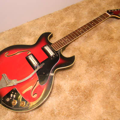 Maxitone Vintage Semi-Hollowbody Made In Japan 1970's parts or restoration for sale