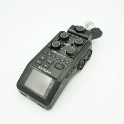 Zoom H6 Handy Recorder w/Accessory Pack