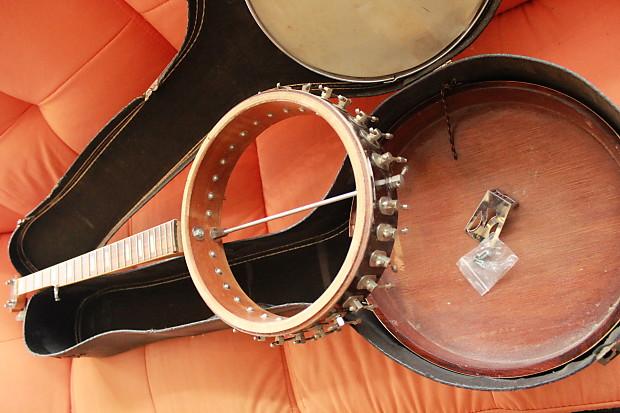 Astro Vintage Banjo for parts or repair w/case
