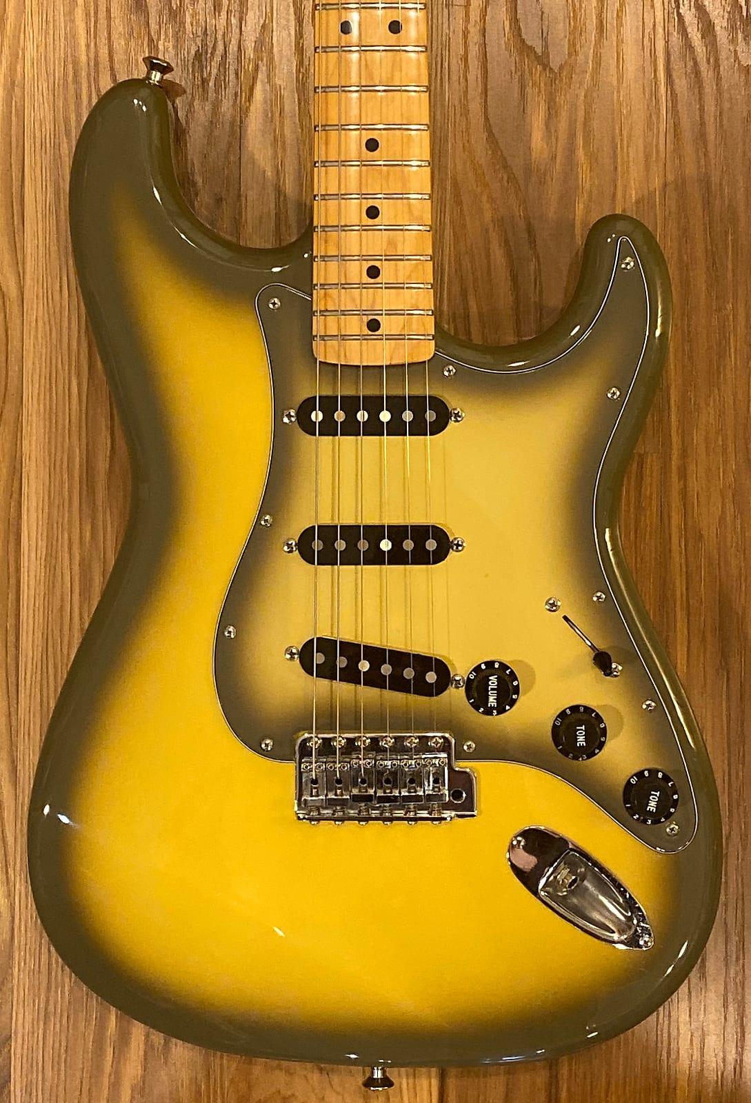 Fender 70's Antigua Reissue Stratocaster 2003 Antigua Burst