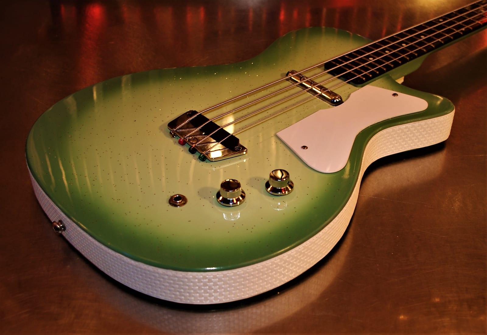 Silvertone Danelectro U1 Bass