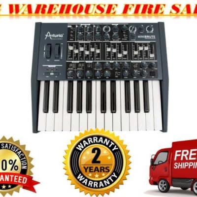 Arturia MiniBrute Black Limited Edition 25-Key Analog Synthesizer