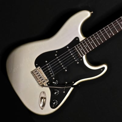 Shabat Guitars - Lynx Standard -  Inca Silver for sale