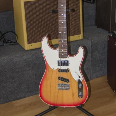 1989 Robin Ranger Custom USA made Electric Guitar w/OHSC and Warranty Card VG+ for sale