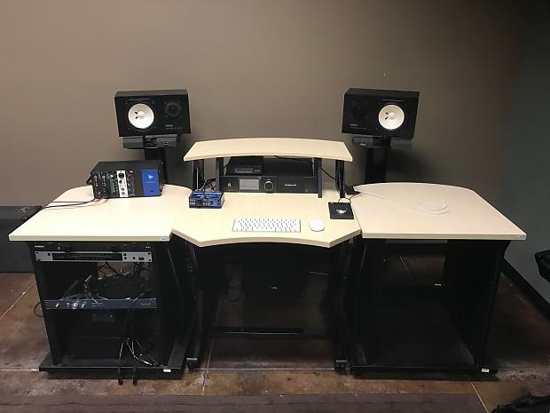 Lovely Studio Trends 30u0027 Desk 24u0027 Side Cars X2 Maple Photo Gallery