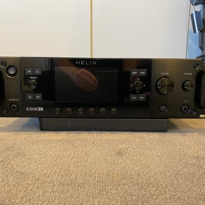 Line 6 Helix Rack Guitar Amp Modeler with Controller