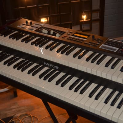 Hammond SK2 Dual Manual Portable Organ